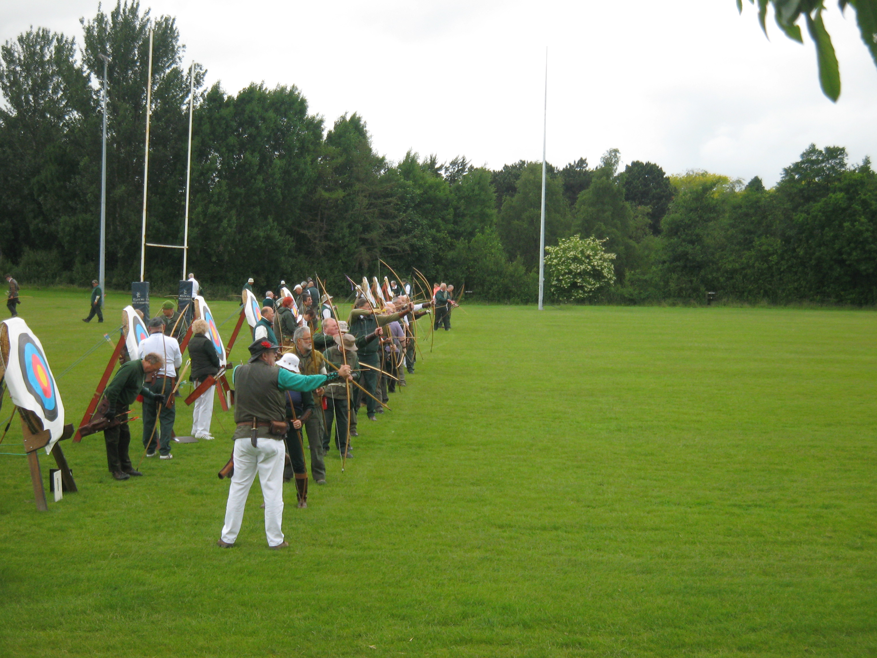 2a2745050 Samlesbury Longbow Archers have been based at Preston Grasshoppers' Rugby  Union Club since November 2004. The Club is a pure longbow club and at  present has ...